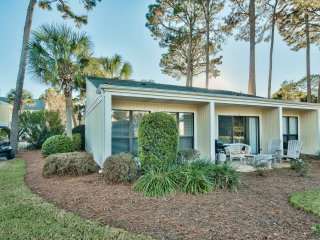 2BR/2BA Sandestin Home~ FREE GOLF CART & WIFI INCLUDED! 739SP