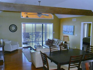 Penthouse Condo with Amazing View!, Lake Ozark