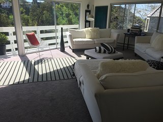 FANTASTIC 3 BD /3A BEACH HOUSE, Laguna Beach