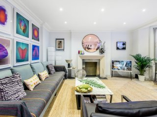 - SIMPLY PERFECT - Luxurious Knightsbridge Apartment 2bed - 2bath near Harrods