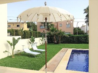 House for 6 people with private pool in Badia Blava. Mallorca. Majorca. Air cond