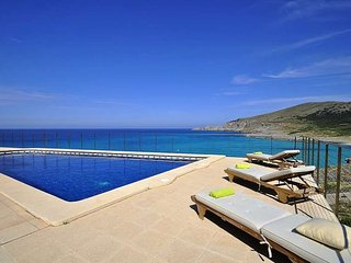 House in Cala Mesquida with sea views- 12 pax.5 Bedrooms BBQ Children welcome -