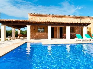 SA VINYA- Chalet 15 minutes from Es Trenc- Mallorca- Private pool. Garden. Clear