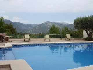 Country house with pool in Campanet