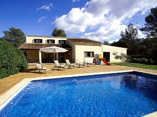 CAS 7 AMICS- Chalet for 10 people with swimming pool in Sencelles. Majorca. 4 be