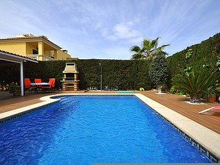 Villa for 8 people in Puig de Ros