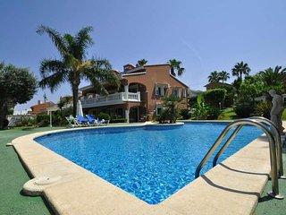 Luxurious estate home  in Bahia Azul near beach and golf, garden, BBQ, table ten