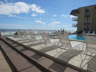 #309 Tropical Suite  2BD/2BA ocean view condo with south facing balcony, New Smyrna Beach