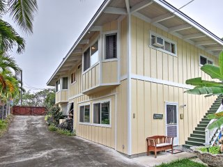 NEW! 2BR Captain Cook Duplex - Steps from Beach!