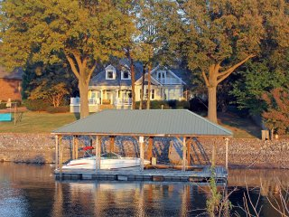 NEW LAKEFRONT HOME ON KISER ISLAND with Private Dock!  Book Now for Summer 2017!, Lake Norman