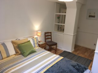 Edinburgh Central Let Bothwell House  1 bedroom 1 st floor  apartment EH75YL, Edimburgo
