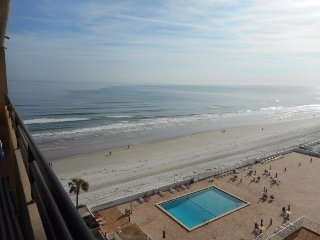 Terrific Ocean View Condo, Daytona Beach Shores