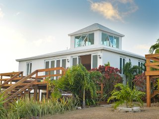 Beautiful  Villa Near Culebra Wildlife Preserve