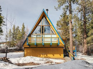 Classic A-frame home close to hiking, skiing, and water sports!