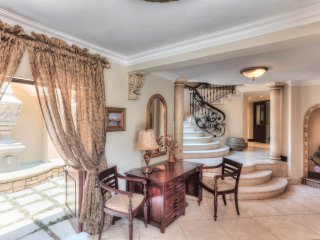 Luxurious Guest house 2 On Tralee, Bryanston