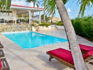This villa has 4 air-conditioned bedrooms with four and a half baths., Marigot