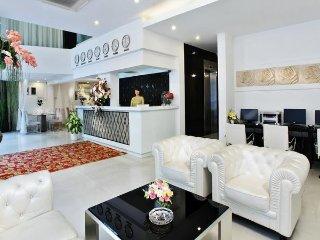 Fantastic A&Em Hotel – 8A Thai Van Lung, Sai Gon Hotel