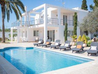 Villa near Playa den Bossa, Sant Jordi