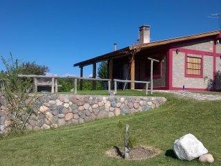 Cabana del Alto Tupungato Mendoza alquiler turistico y vinos (CASA MALBEC)
