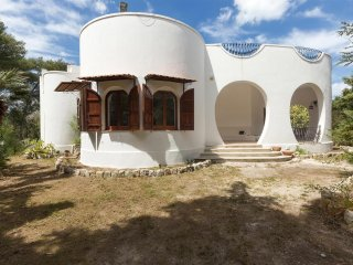 594 Villa in a Natural Garden in San Cataldo Lecce