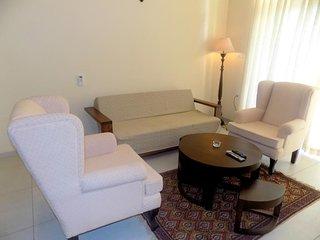 Charming 1BHK Apartment in Candolim: CM078
