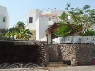 Eilat 7mn From Beach, Nice Studio with private entrance & garden