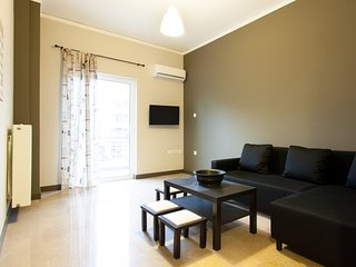 New 2 bdr Apartment in Athens close to metro
