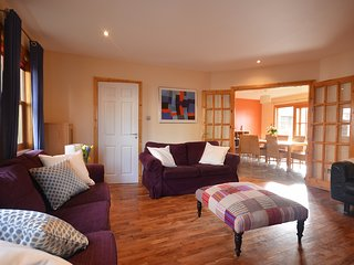 Cornerstone House - Gem in the heart of Dingle!