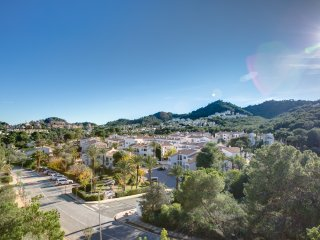 South facing, centrally located apartment at La Manga Club