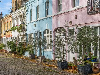 Ennismore Gardens Mews, pro-managed, Londres