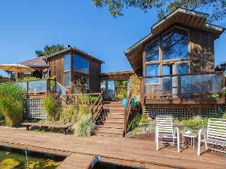 Beautiful and unique four bedroom home on the Seadrift lagoon