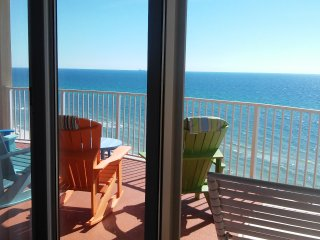 Great Family Friendly Condo - Booking Now!!, Panama City