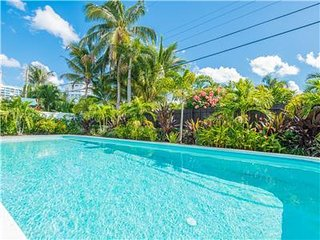 Coco Palm Escape: New 5 Star Home, Lauderdale by the Sea