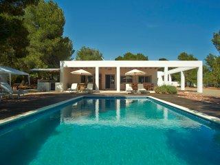 Modern Villa pool great location near Cala Jondal
