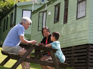 2 Bedroom Deluxe Caravan - Tehidy Holiday Park, Illogan