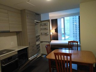 CONDO FOR RENT DOWNTOWN MONTREAL, Montreal