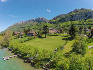 Waterfront Maison des Sources for 8 people, Annecy, Veyrier-du-Lac