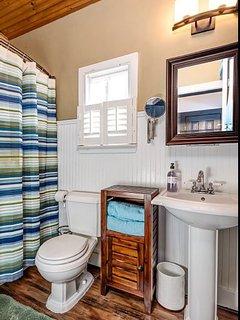First floor full bath with tub