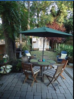 Private patio with English Gardens
