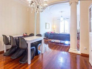 5BR with jacuzzi on Passeig de Gracia - Red Carpet