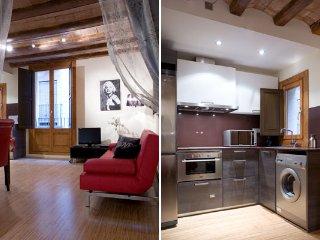 Charming 1BR designer flat off La Rambla - Bella 2, Barcelona