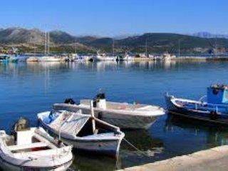 Brand new, private, luxurius, peaceful, pool/seaviews, walk to Katouna village