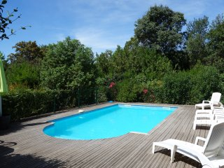LOCATION VILLA PISCINE 8 PERS, Maraussan