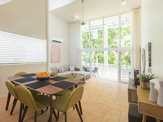 PORT DOUGLAS PENTHOUSE, ROOFTOP TERRACE, TWO BEDROOMS, FREE WIFI (1)