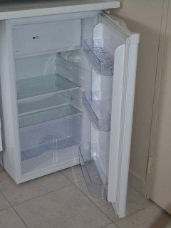 réfrigérateur avec partie congélateur