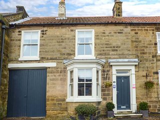 NUMBER 10 WEST END stone mid-terrace cottage, beautifully appointed, patio, open fire, in Osmotherley, Ref 941199