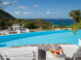 CAYE BLANCHE... elegant, spacious 7BR villa with sea views, Anse Marcel