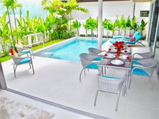 Well decorated villa close to a beautiful beach !