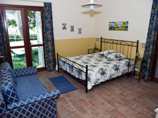 "Borgo san Giuliano, apartment ""Guardiano"" in charming villa"