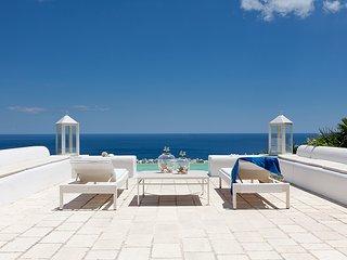 183 Villa with Sea View Pool in Castro